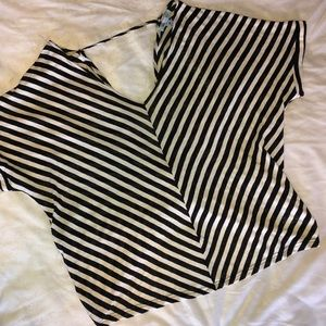 She & Sky Boutique Top NWT